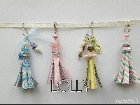 Paper Tassel swap or key chain