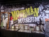 MUSEUM POSTCARD SWAP - AUGUST