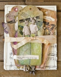 Somerset - Tim Holtz Winged Paper Doll Tag
