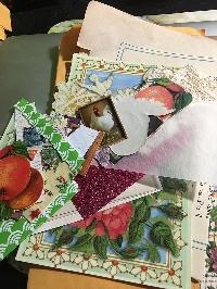EP: Mini Stuff the mailbox