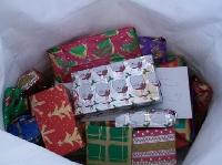 Something Christmas Thriftstore Scavenger Hunt